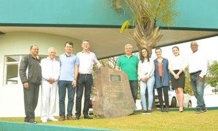 AMC inaugura monumento em homenagem ao cinquentenário da entidade