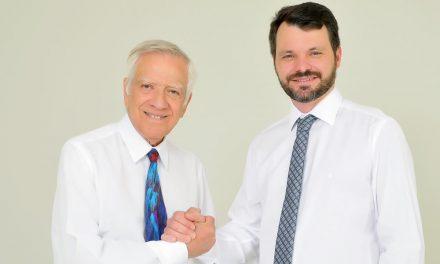 Novo presidente da Associação Médica de Cascavel – AMC, Dr. Jesus Viegas sempre otimista e irrequieto tem como objetivo em sua gestão trazer o pessoal de volta para casa, ou seja, fazer da entidade um encontro de amigos e familiares de médicos