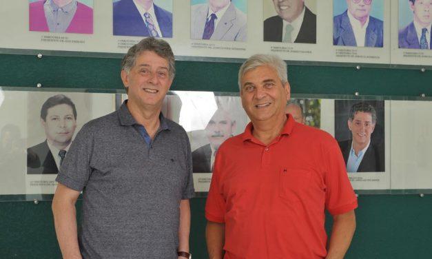 Dr. Jorge e Dr. Márcio fazem considerações finais sobre a gestão que ora finda e desejam boa sorte a nova diretoria